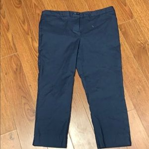 Ladies stretch capris size 8